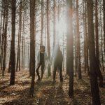 Leśna sesja narzeczeńska